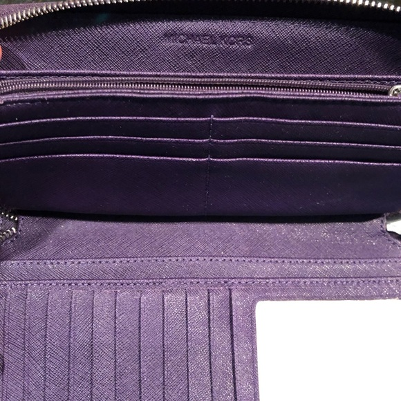 MICHAEL Michael Kors Handbags - Micheal Kors Saffiano Leather Continental Wallet